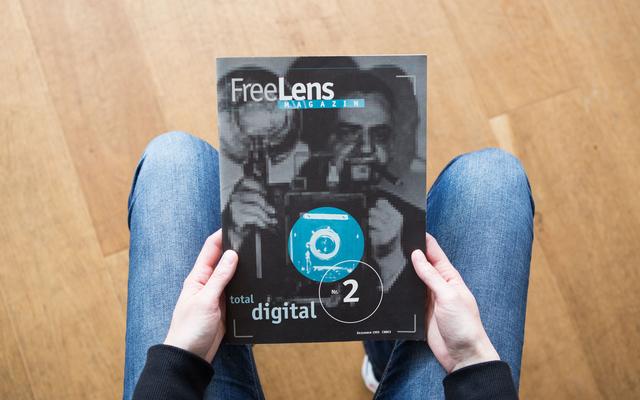 »Total digital« kommt die zweite Ausgabe des FREELENS Magazins daher.