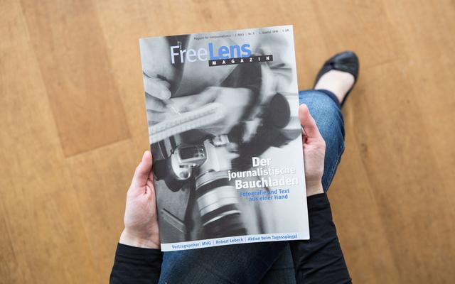 Einblicke in den »journalistischen Bauchladen« gewährt FREELENS Magazin #9. Das Titelfoto stammt von Karl Johaentges.