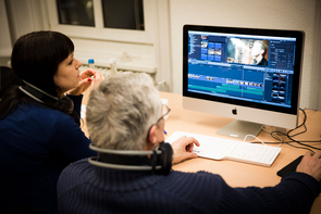 Teilnehmer des FREELENS Multimedia-Workshops in der Akademie für Publizistik.