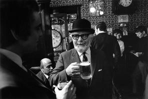 Red Lion Pub, Duke of York St, London 1970.