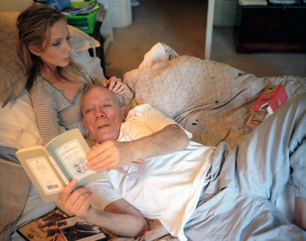 Szenen einer Beziehung: Das innige Verhältnis von Jessica und ihrem 30 Jahre älteren Freund Stan ist das Thema des Buches.