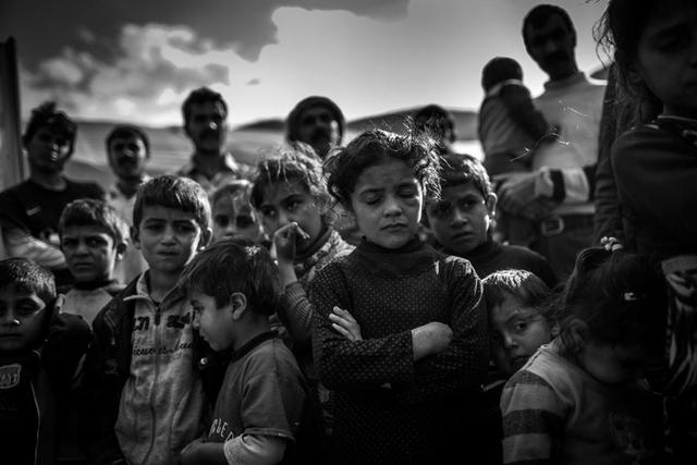 Christian Werner zeigt in seiner Serie »74.« das Leiden der Jesiden, die von der IS-Terrormiliz stärker verfolgt werden als andere Religionsgruppen. Nominiert in der Kategorie Fotojournalismus/Editorial.