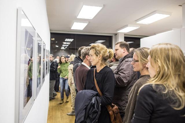 Großer Andrang am vergangenen Donnerstag in der FREELENS Galerie.