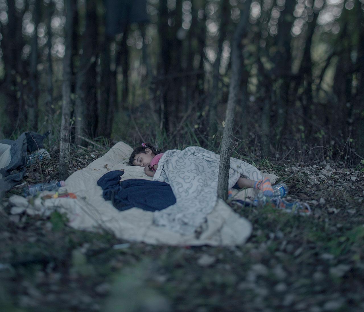 Mit dem zweiten Preis wurde die Serie »Wo die Kinder schlafen« des schwedischen Fotografen Magnus Wennman ausgezeichnet.