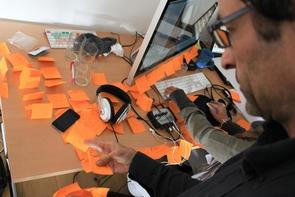 Vor der Produktion kommt die Konzeption – im FREELENS Multimedia Workshop lernen die Teilnehmer, sich dabei nicht zu »verzetteln«.