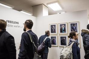 Eröffnung der Ausstellung »Bitte warten...« in der FREELENS Galerie am 11. Februar 2016.