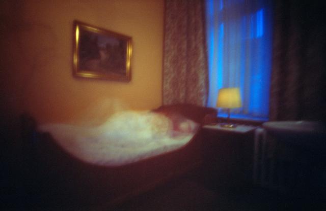 Zimmer 428. Aus der Serie »Hotel Bogota«. Karen Stuke arbeitet als Fotokünstlerin und freie Fotografin für verschiedene Regisseure, Bühnenbildner und Theater.