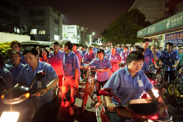 Workers are Leaving the Factory, Dongguan 2011.