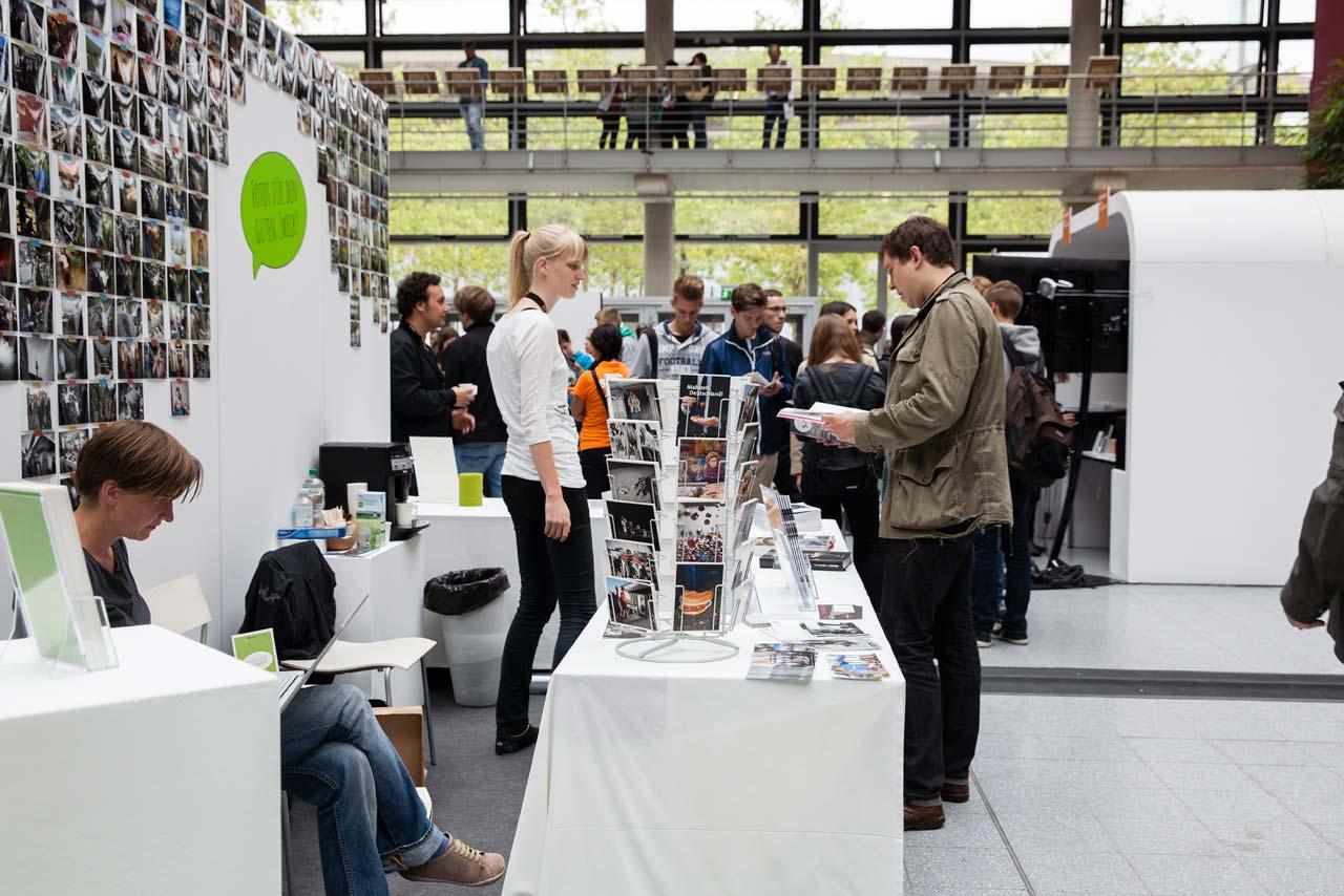 FREELENS Stand auf dem 4. Lumix Festival 2014 – auch 2016 findet man uns an gewohnter Stelle im Design Center.