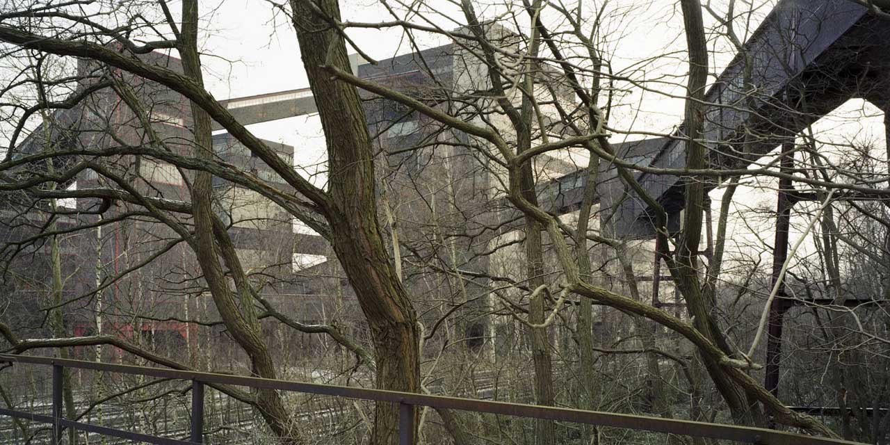 Duisburg-Bruckhaus, (Thyssen-Hüttenwerk), 2003.
