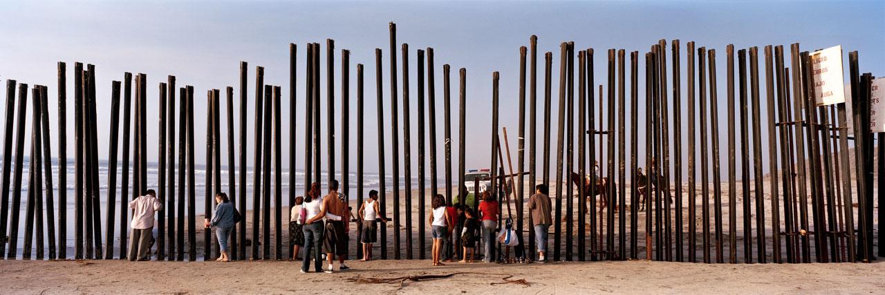 Aus der Serie »Confrontier | Grenzen 1989–2016«. Foto: Kai Wiedenhöfer