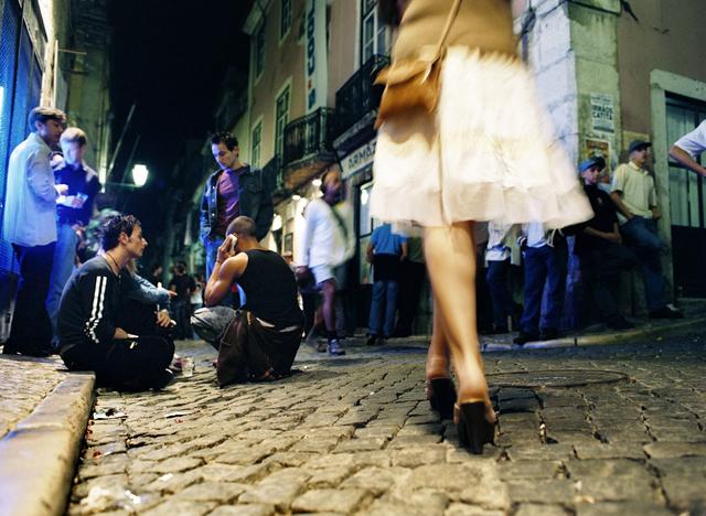 Bild 9: Nachtleben in Lissabon, Portugal.