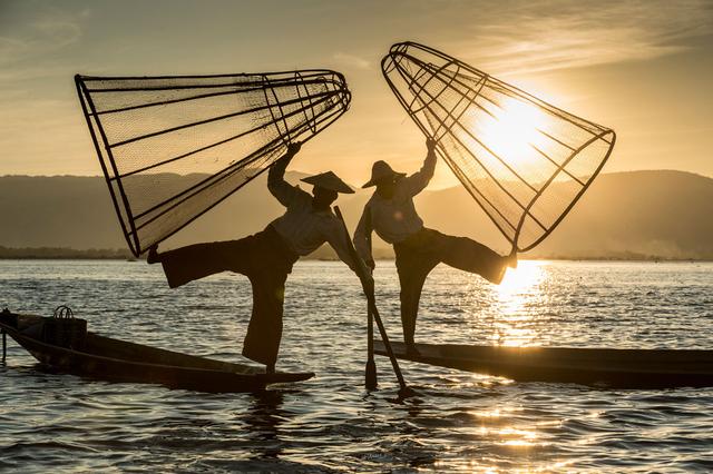Bild 1: Einbeinruderer auf dem Inle-See, Shan-Region, Myanmar.