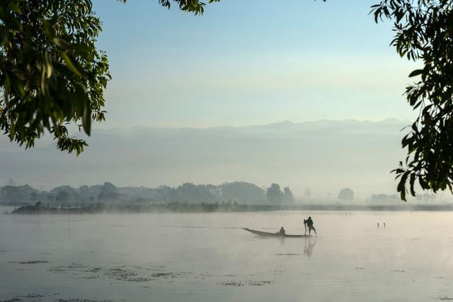 Bild 14: Fischer auf dem Wasser, Shan-Region, Myanmar.