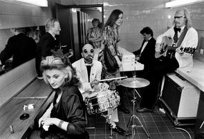 »Die 3 Tornados« bei einem Sonderkonzert auf der Damentoilette, 1983.