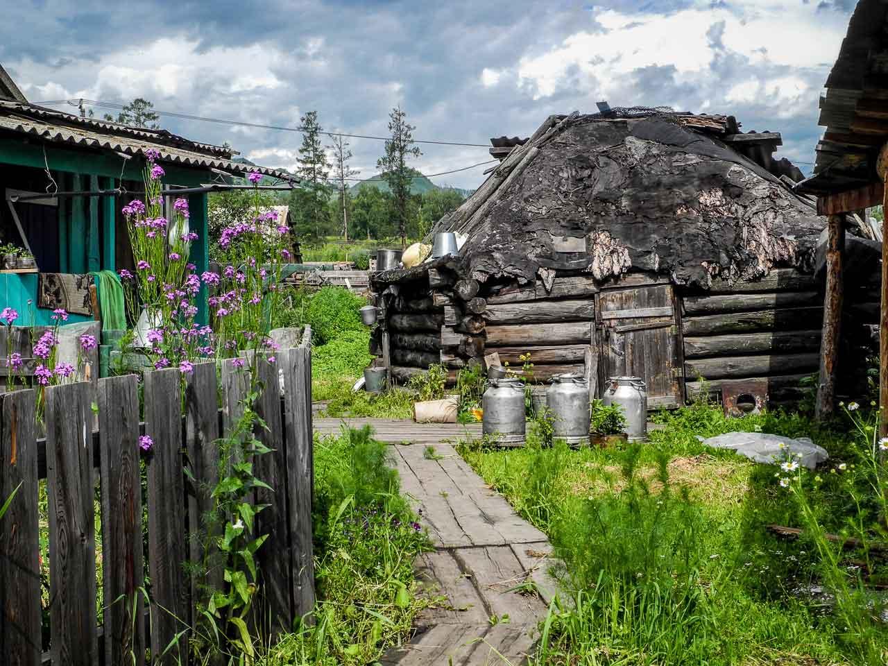 Kutscherla, das letzte Dorf vor dem Aufstieg zum Belucha.