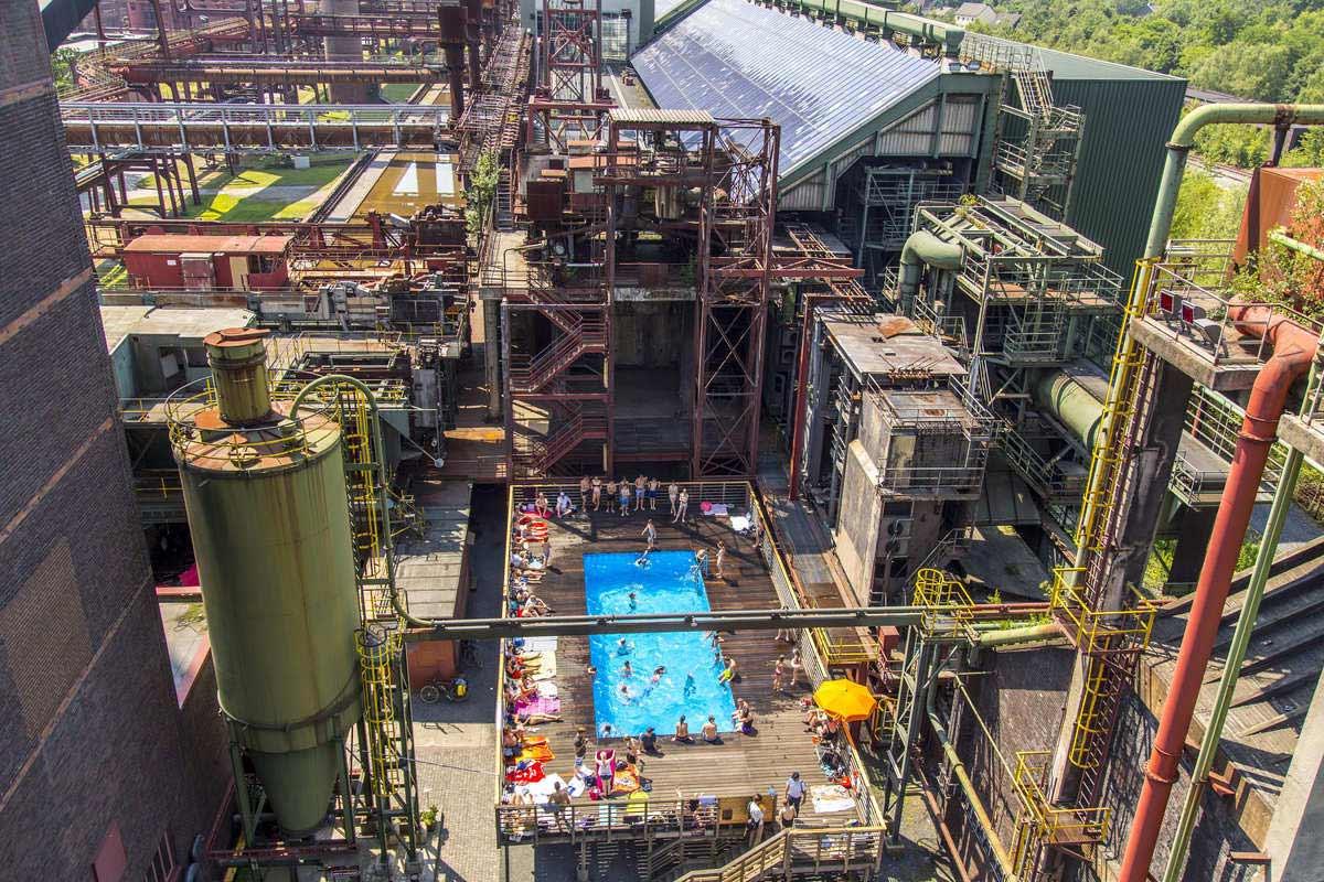 Die Luftaufnahme »Werksschwimmbad 2015« – fotografiert von Jochen Tack für die Stiftung Zollverein – kam in der Kategorie »Tourismus und Freizeit« auf den zweiten Platz.