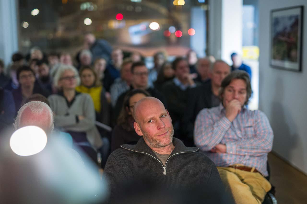 Mit großem Interesse verfolgten um die fünfzig Besucher den Vortrag. Foto: Johannes Arlt