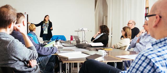 Workshop »Honorargestaltung und Portfolio/Website-Sichtung« mit Silke Güldner.